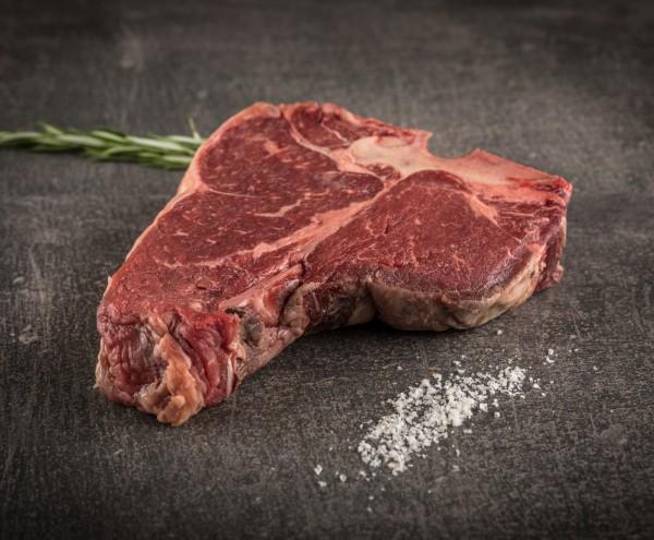 Deutsche Simmentaler Färse Dry Aged Porterhouse Steak
