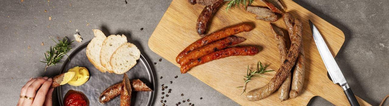Premium Rinderbratwurst kaufen ✔ Bratwurst vom Rind, Büffel oder Kalb ✔ Sichere & schnelle Lieferung ✔ Kontrollierte und zertifizierte Herkunft ✔ Kostenloser Versand ab 99€ Bestellwert ✔